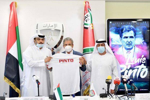 Ra mắt UAE, HLV từng dự World Cup quyết soán ngôi tuyển Việt Nam